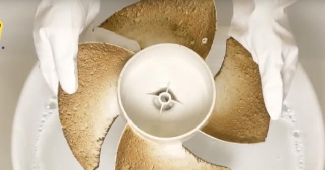 プラスチック製の換気扇